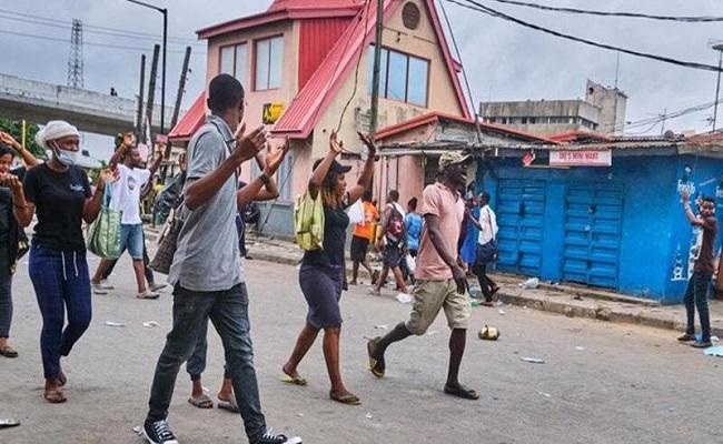 هجوم مسلح على مدرسة واختطاف طلاب في نيجيريا