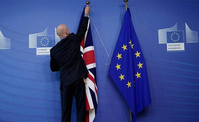 بريطانيا تهدد دول أوروبية عسكريا
