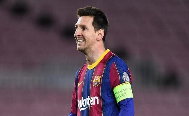 ميسي يغيب عن مواجهة برشلونة وآيبار...