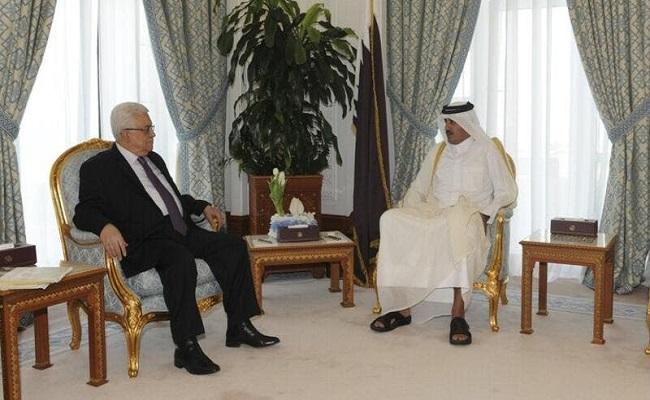 الرئيس الفلسطيني يلتقي أمير قطر