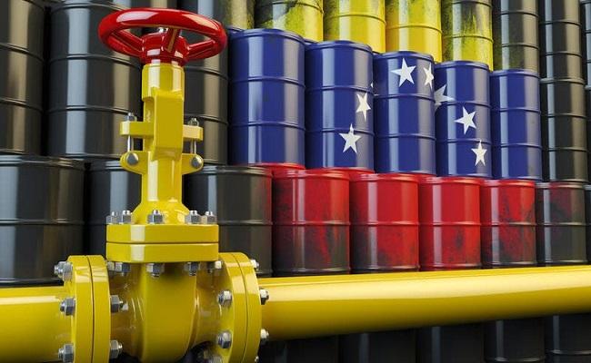 صادرات فنزويلا النفطية تتجه نحو أدنى مستوى
