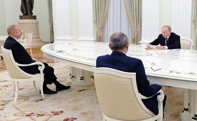 من أجل الصلح بوتين يجمع بين زعيمي أذربيجان وأرمينيا