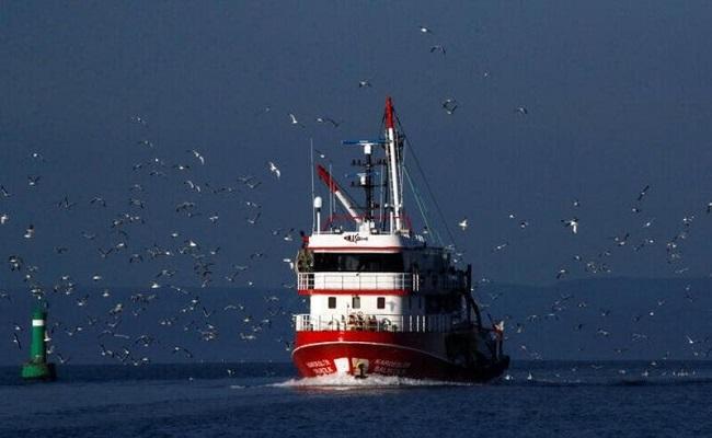 تصادم بين سفينتين تركية ويونانية
