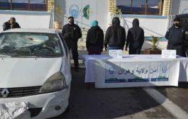 أمن وهران يطيح بعصابة إجرامية تورطت في تحطيم سيارة بالسيوف مع التهديد