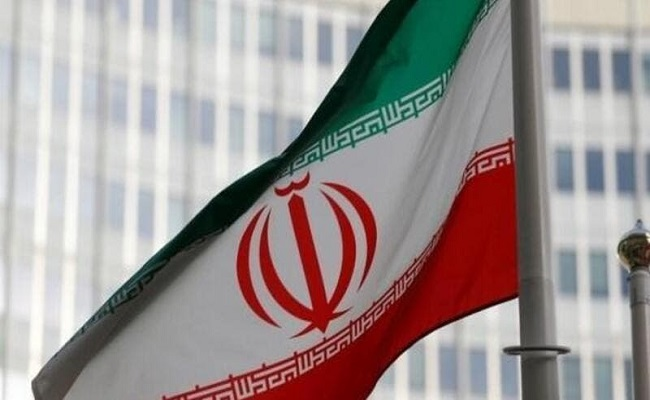ايران تبني مفاعلين نووين جديدين