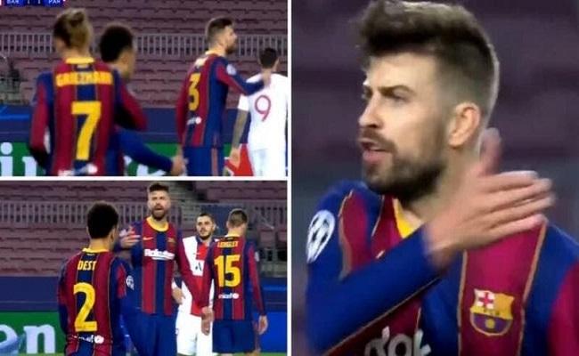 شجار بين بيكيه وغريزمان خلال مباراة برشلونة وسان جيرمان...