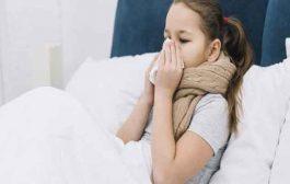 هذه العلاجات السريعة تفيد طفلكِ الذي يعاني من الزكام!
