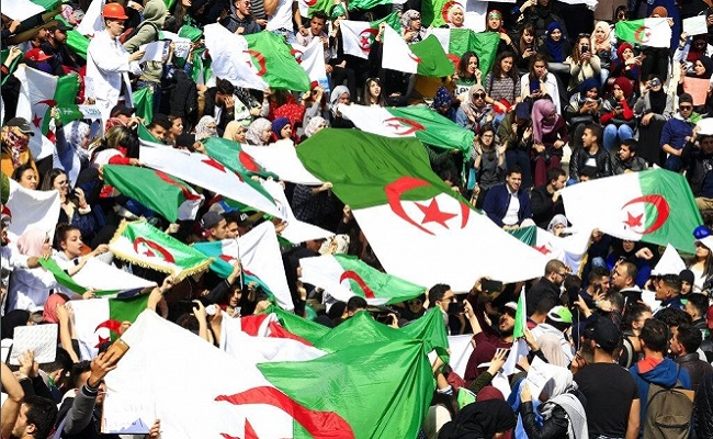 المتظاهرين في الجزائر كثر لكنهم غُثَاء كغُثَاء السَّيل