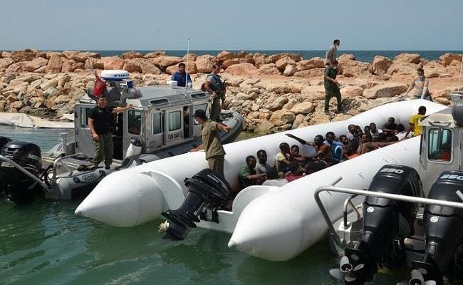 إنقاذ 117 مهاجر غير شرعي بسواحل تونس