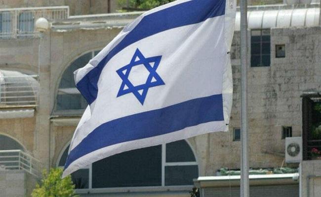أردنيون يطالبون بطرد السفير الإسرائيلي