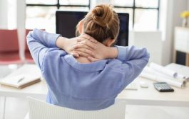هل تعانون من ألم في الرقبة عند الشعور بالتوتر؟ إليكم السبب!
