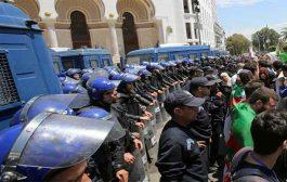 السلطات تمنع حراك الطلبة للأسبوع الثالث و تعتقل عدد من المتظاهرين
