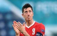 ليفاندوفسكي لاعب العام في ألمانيا...