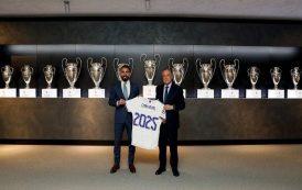 ريال مدريد يجدد عقد كارفاخال...