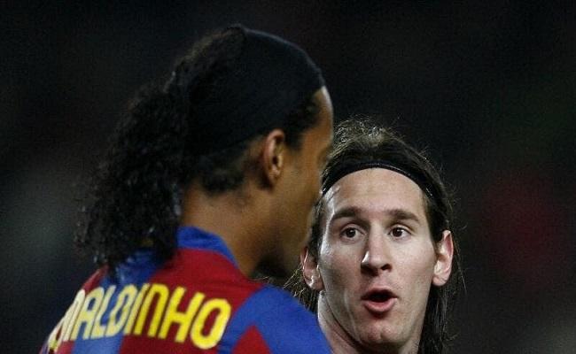 ميسي يجب أن يبقى في برشلونة...
