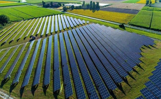 اتفاق بين العراق وPowerChina  لبناء محطات للطاقة الشمسية...