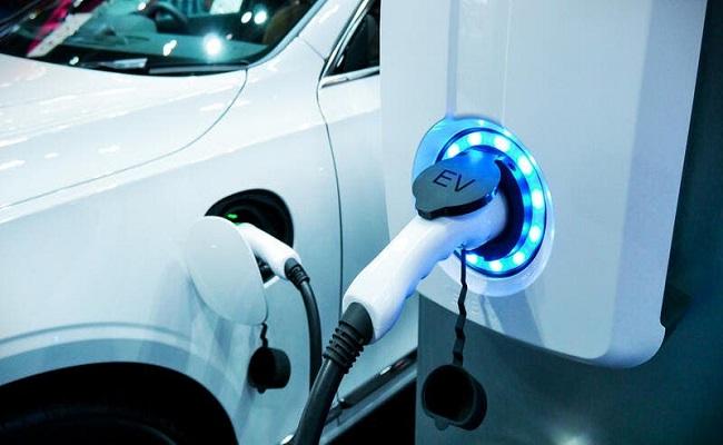 الصين ستنافس تيسلا على سوق السيارات الكهربائية...
