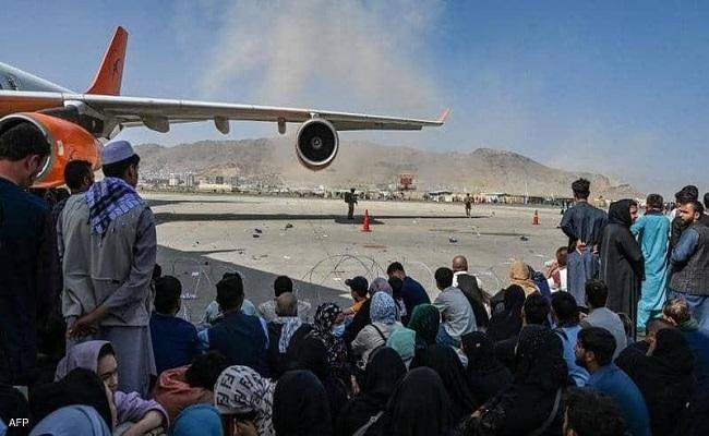 مقتل 7 مدنيين في مطار كابل...