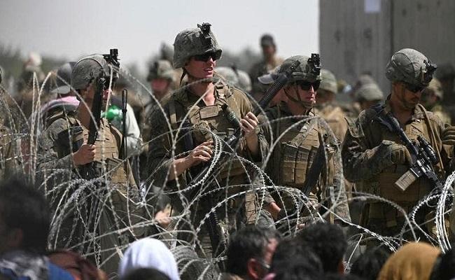 حريق وهجوم عنيف على القوات الأميركية في كابول