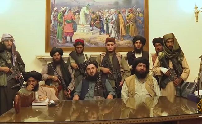 طالبان تحتفل بالنصر على أميركا