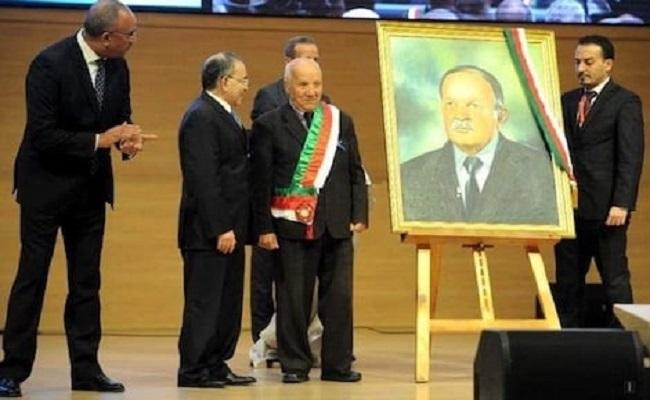 من عجائب الدنيا بوتفليقة حكم الجزائر لسنوات بصورته فقط