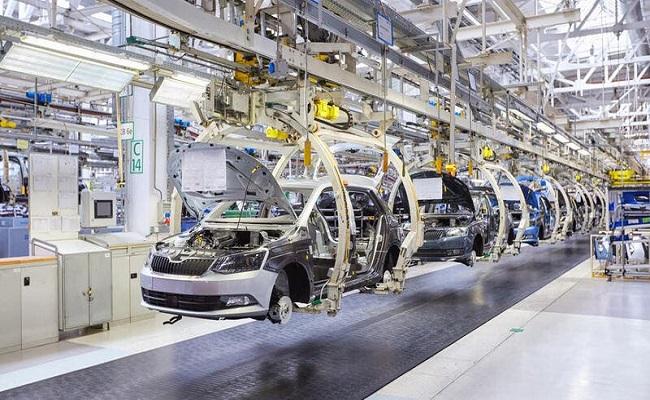 شركات صناعة السيارات تحقق أرباح قياسية...