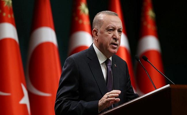 أردوغان يتهم بايدن بتسليح الإرهابيين