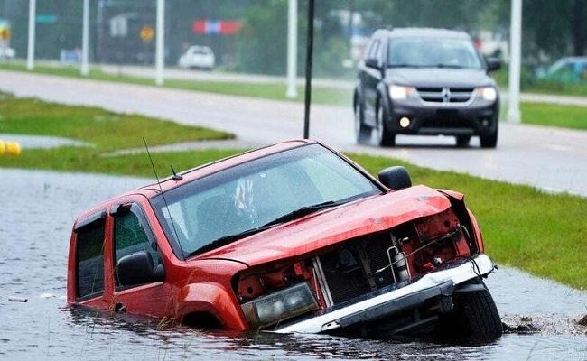 عشرات القتلى في فيضانات نيويورك