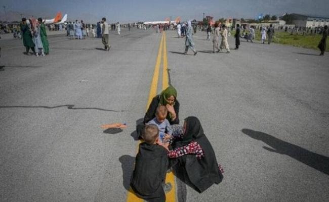 4 ملايين لاجئ أفغاني فروا إلى باكستان