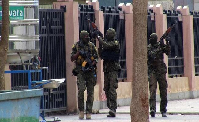 إنقلابيو غينيا يتعهدون بحماية الاستثمارات