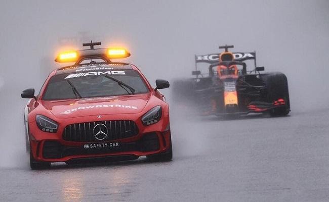 فيرستابن يفوز بسباق بلجيكا بعد 3 لفات...