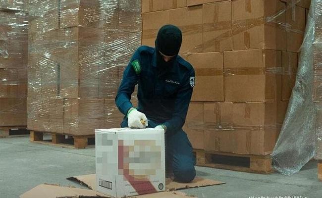 السعودية تحبط تهريب 66 الف زجاجة ويسكي
