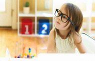 10 اجراءات هامة للاعتناء بعين طفلك...