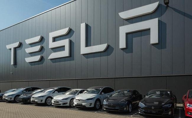 الهند تمنع تسلا من بيع سيارات صينية الصنع...