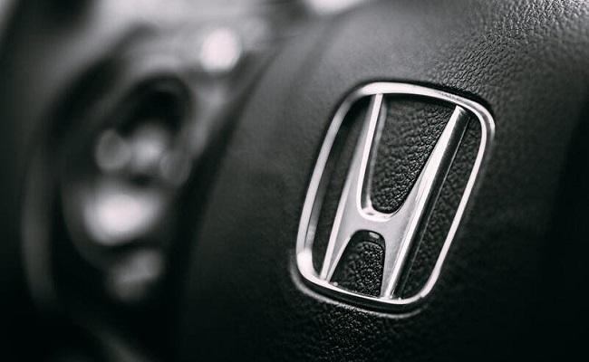 هوندا أول شركة يابانية تبيع السيارات عبر الإنترنت...