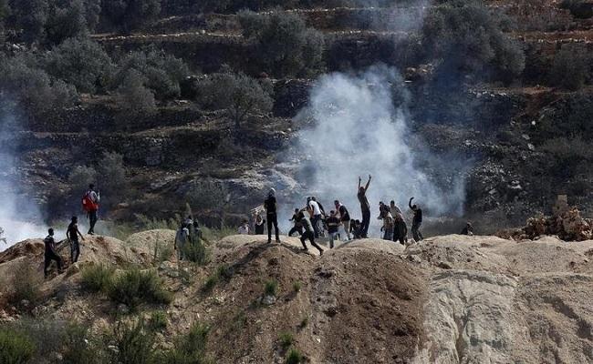 إصابة 90 فلسطينيا في مواجهات مع الاحتلال