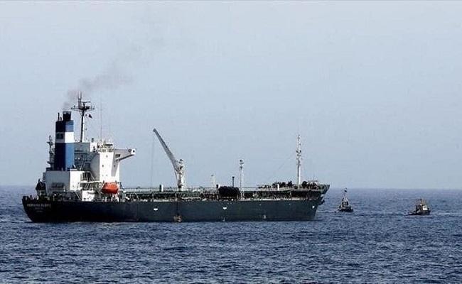 التحالف يفرج عن سفينة نفطية