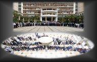 دقيقة صمت ترحما على أرواح شهداء مجازر 17 أكتوبر 1961 بقصر الحكومة و بمقر مجلس الأمة