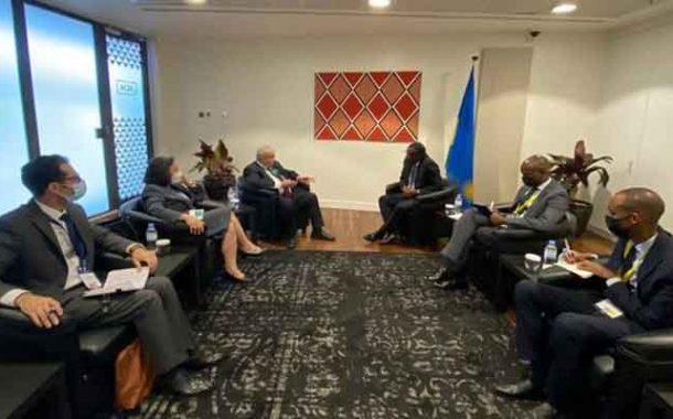 جلسة عمل للعمامرة مع نظيره الرواندي حول سبل تعزيز التعاون الثنائي بين البلدين