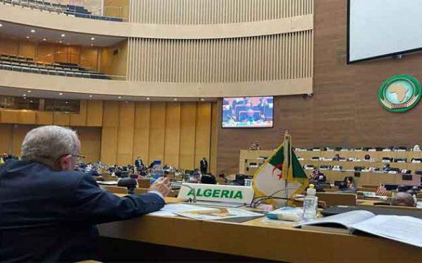 لعمامرة يؤكد أن الجزائر ستساهم في تزويد إفريقيا بلقاح كورونا