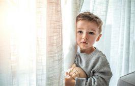 ما هي متلازمة الطفل غير المرئي؟ وكيف يمكن التغلّب عليها؟