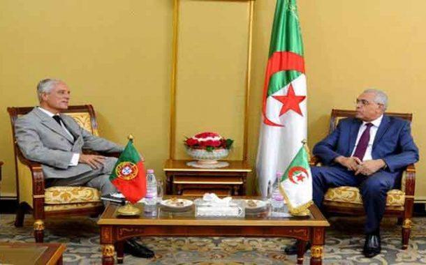 استقبال وزير العدل لسفير البرتغال بالجزائر
